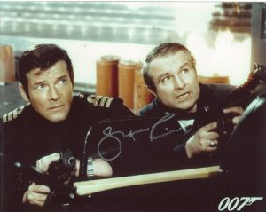 Shane Rimmer Shane Rimmer Scott Tracy THUNDERBIRDS, Bond, Star Wars, Genuine Autograph 10X8 11129